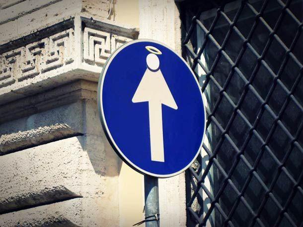 Street Art et Panneaux de Signalisation – Clet Abraham