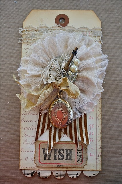 detailsFlower Crafts, Advent Calendar, Cards Tags, Crafts Tutorials, Gift Tags, Art Tags, Altered Art, Beautiful Tags, Paper Crafts
