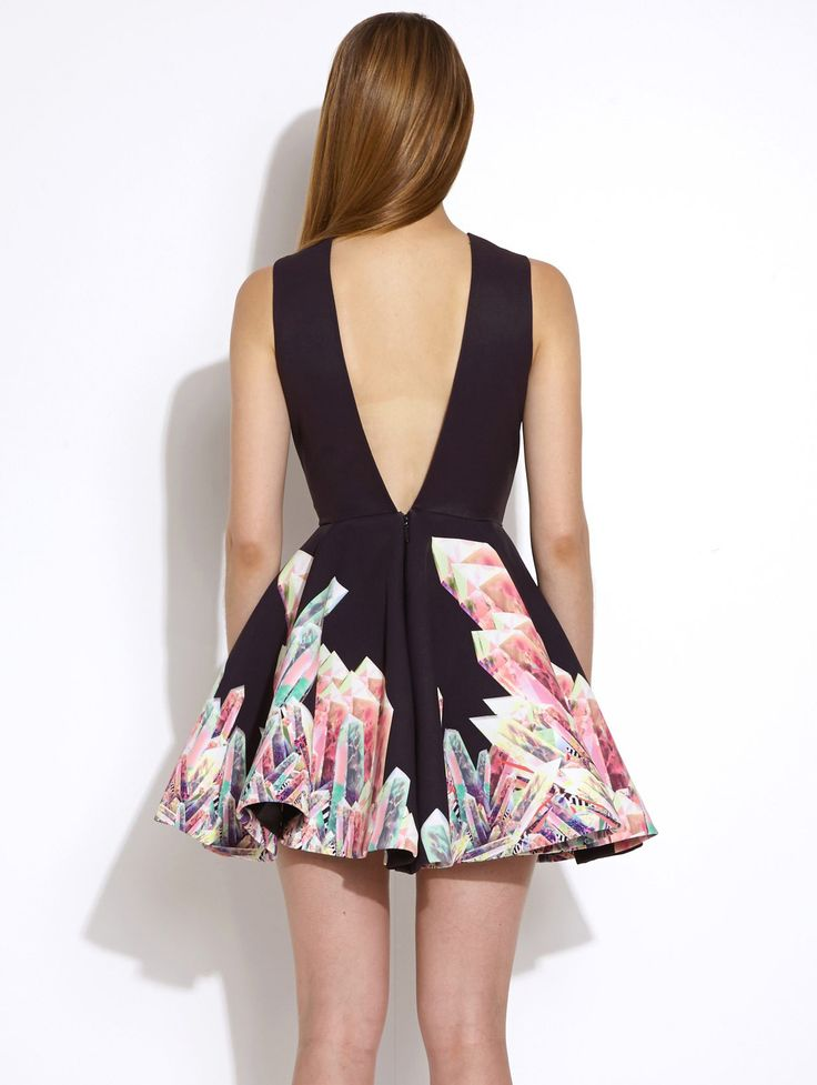 Black Sleeveless Floral Print Flare Dress 18.69
