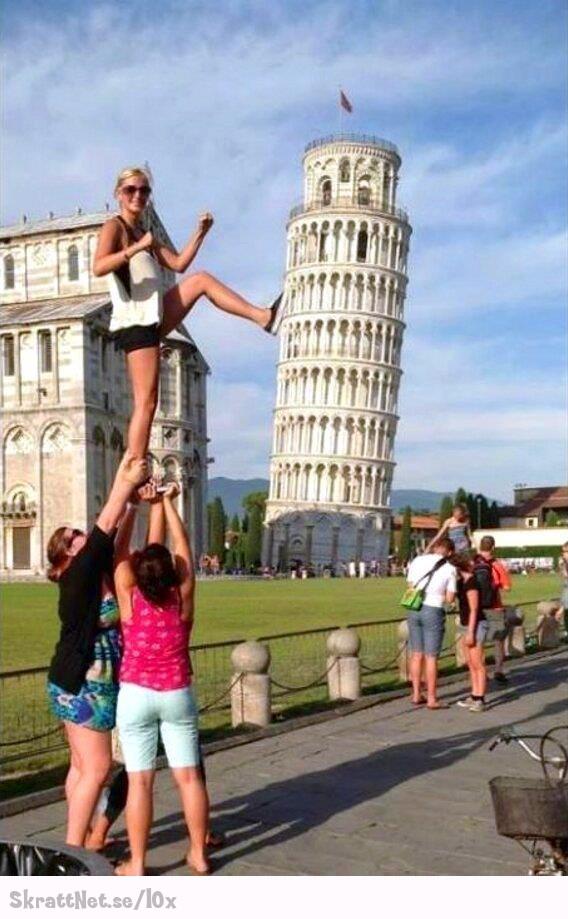 Lutande tornet i Pisa blir ägt   SkrattNet