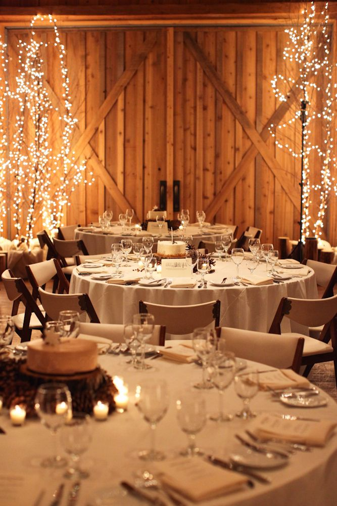winter wedding decoration winter ranch wedding decor and food wedding table 1439