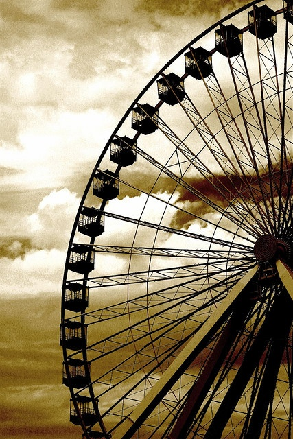 Ferris Wheel, Navy Pier, Chicago.  Don and I enjoyed our ride in 2000.