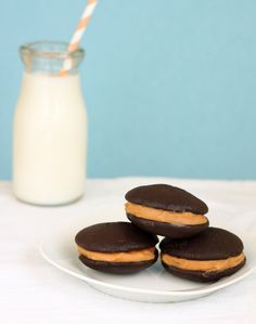 Salted caramel and Chocolate Whoopie Pies recipe