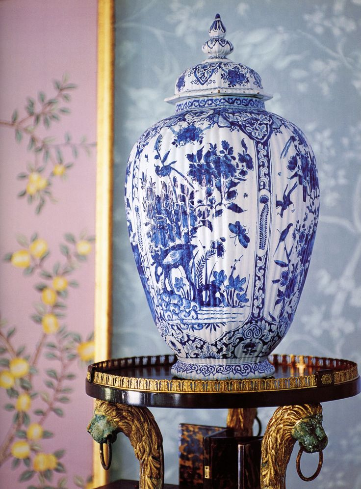 BEAUTIFUL BLUE AND GREEN-Charlotte Moss Decorates | Mark D. Sikes: Chic People, Glamorous Places, Stylish Things