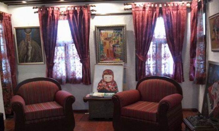 Dostluq evi - sənət məkanı