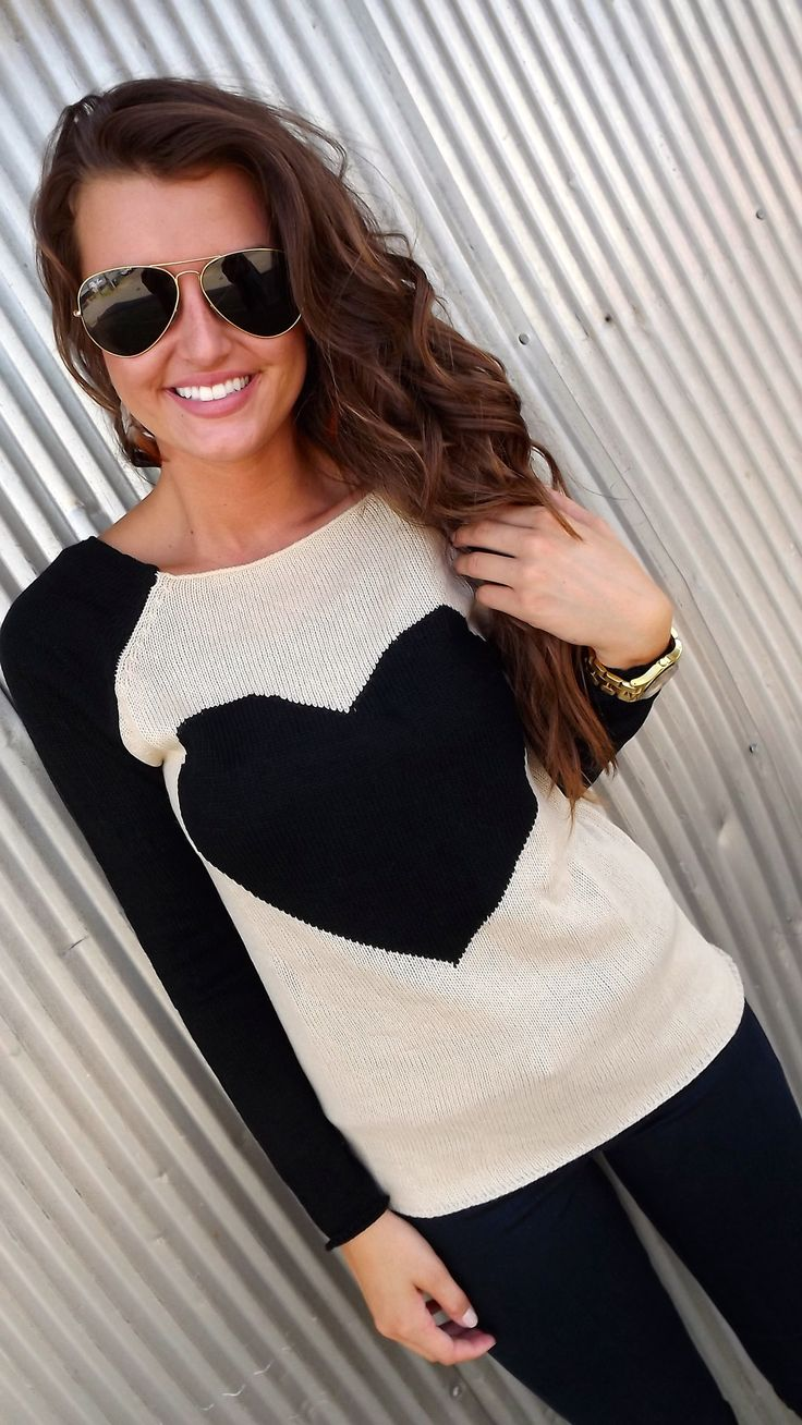 Sweater. You're going to see this LOVE and lots of stars for fall! Raglan sleeves - love