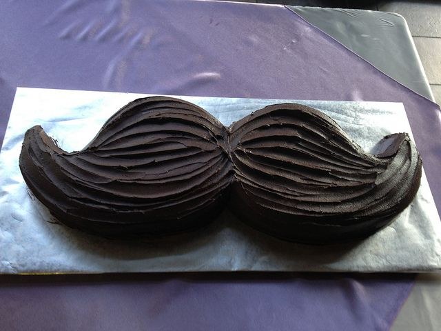 mustache-cake by dpasteles cake shop (San Antonio, TX), via Flickr