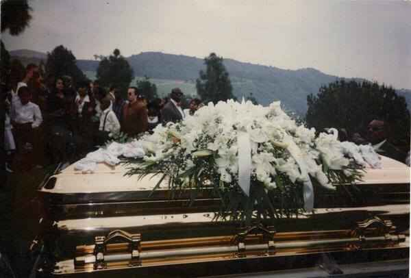 Easy E Funeral: Eazy-E's Gold Coffin