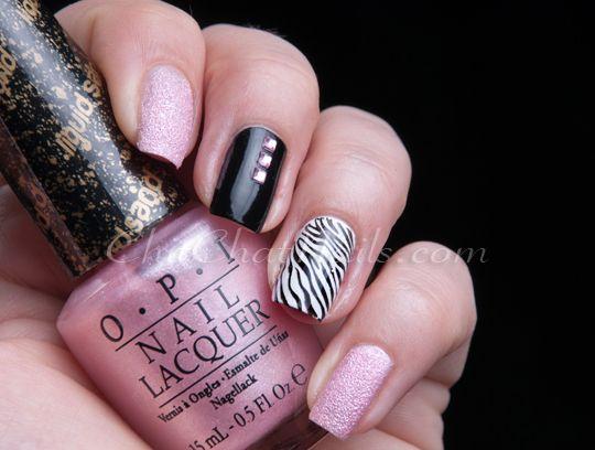 nail-art blog ChitChat Nails,  mixing textures and shades together.