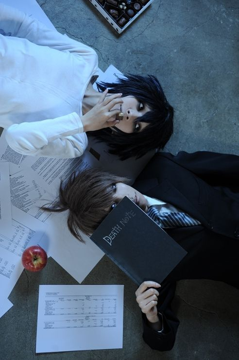 Death Note Cosplay: I love how L is dressed in white like good and kira is in black like evil :) #ad