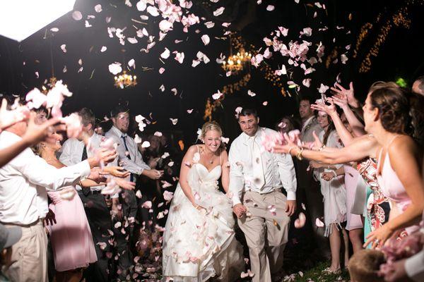 petal toss   Set Free Photography #wedding