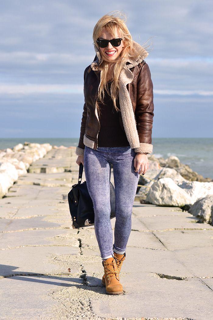 Женские весенние ботинки подходят для прогулок с друзьями, шопинга, путешествий