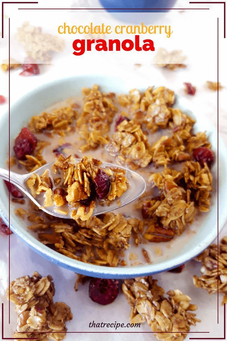 Homemade Chocolate Granola, make your own healthy chocolaty breakfast cereal. #chocolate #healthyeating #breakfast