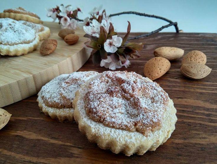 Il viaggio tra le specialità dolciarie siciliane continua...questa è la volta dei dolci tipici nicosiani!