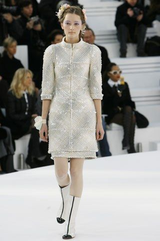 Chanel Spring 2006 Couture Fashion Show - Iekeliene Stange