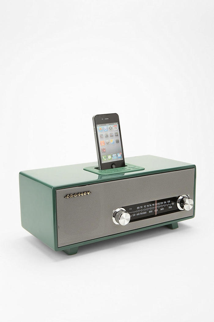 crosley vintage dock speaker love pinterest gadgets. Black Bedroom Furniture Sets. Home Design Ideas