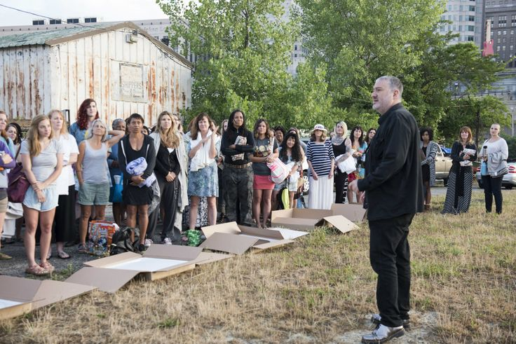 25 Best Ideas About Spencer Tunick Cleveland On Pinterest -2087