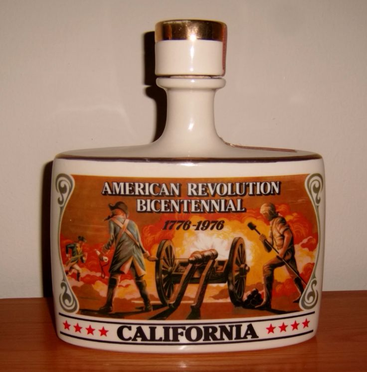 1976 American Revolution Bicentennial Decanter Early Times