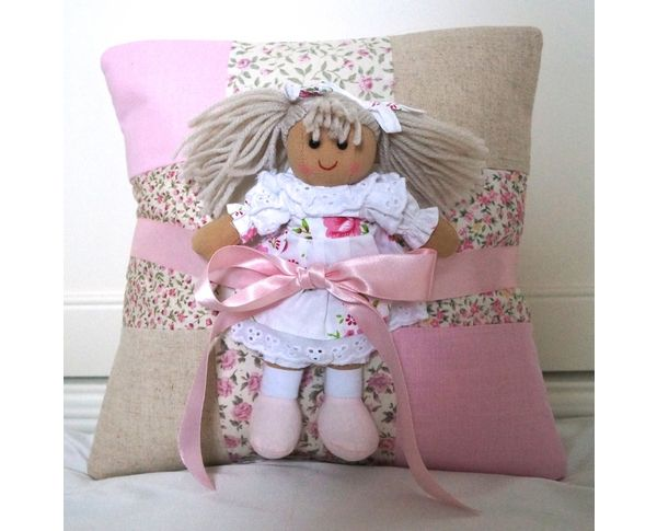 Great gift for a little girl!  By Tuppenny House Designs.
