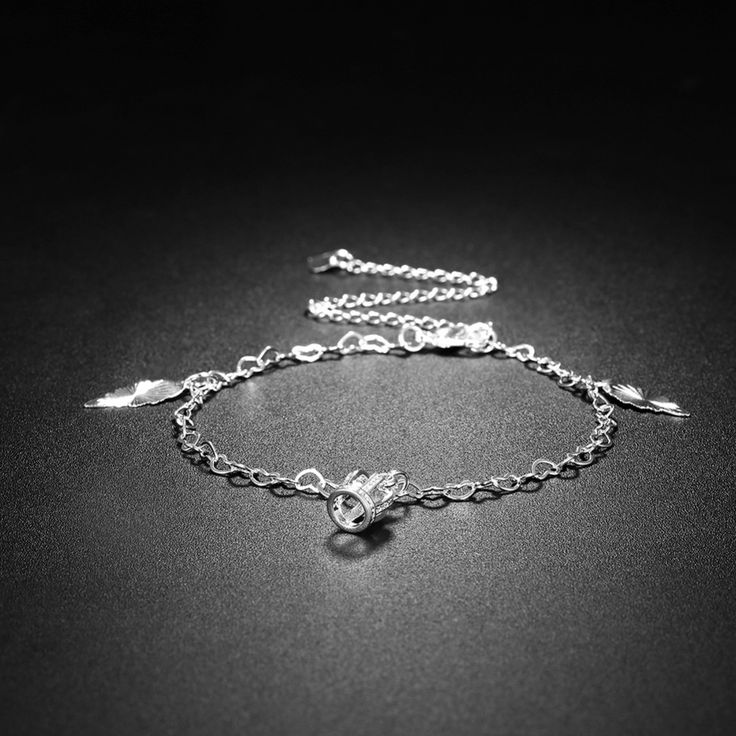 Like and Share if you want this  NEWBUY 2017 Fashion Summer Collection Crown Pendant Women Foot Bracelet Wholesale Silver Plated Anklets Female Jewelry     Tag a friend who would love this!     FREE Shipping Worldwide     Buy one here---> http://jewelry-steals.com/products/newbuy-2017-fashion-summer-collection-crown-pendant-women-foot-bracelet-wholesale-silver-plated-anklets-female-jewelry/    #womensshoes