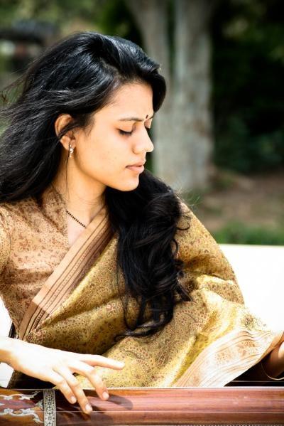 Nirali Karthik_ Singer