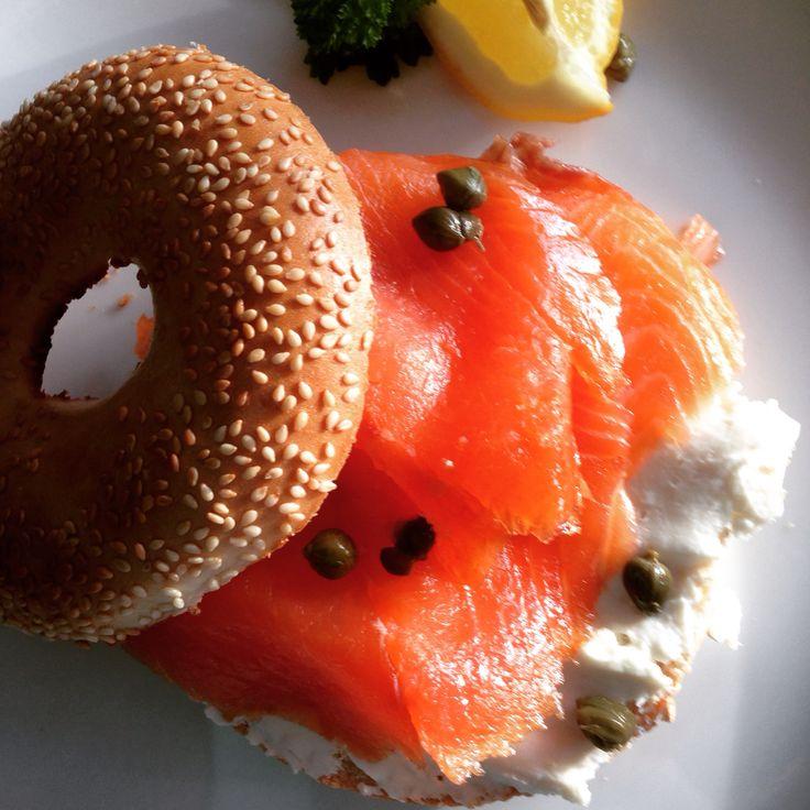 Toasted Bagel, Burren smoked organic salmon & Cream cheese