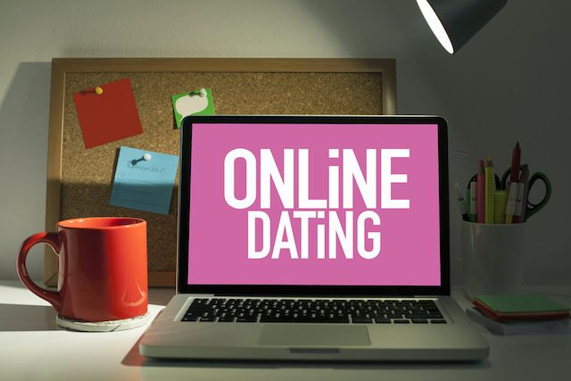 dating for plus size uk People have been sharing their stories of dating whilst 'plus-size' and their accounts will make you cry blogger and elle uk contributor stephanie yeboah asked twitter about 'fat romance.