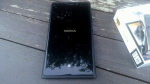 Nokia Lumia 920 İnceleme -1 Tasarım on http://www.teakolik.com http://www.phonesreview.com/phones/nokia-phones/