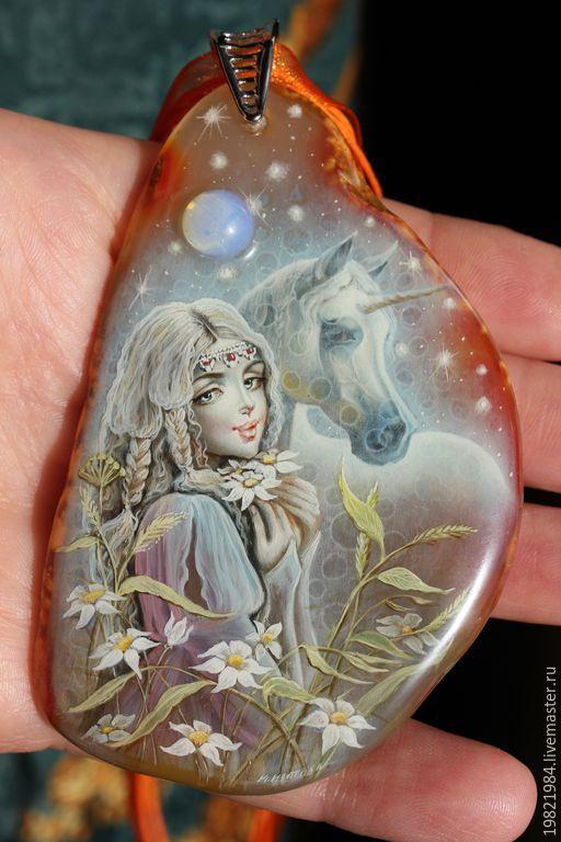 Купить Звездный аромат... - голубой, оранжевый, лаковая миниатюра, живопись маслом, роспись по камню, кулон