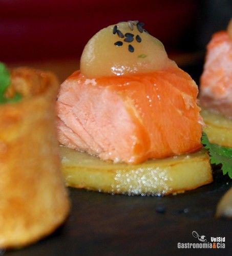 121 best images about food tapas pintxo on pinterest - Tapas con salmon ahumado ...