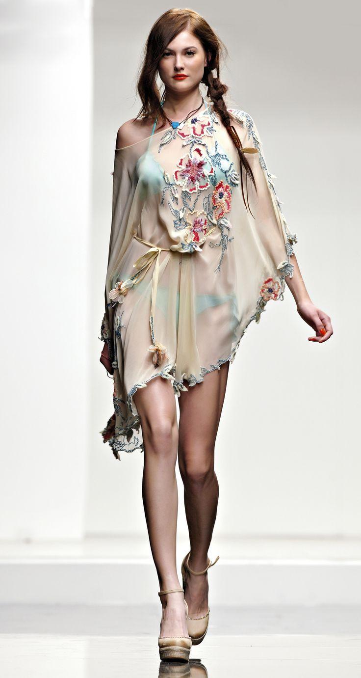 https://i.pinimg.com/736x/14/9b/e7/149be7ba42a07e709834fc21596f2e28--i-love-fashion-moda-fashion.jpg