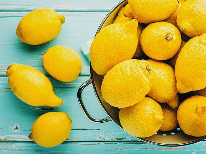 Большинству людей известно традиционное использование лимонов – успокоить боль в горле или добавить аромат цитруса в блюдо. Однако существует гораздо больше способов использования лимона, и как только…
