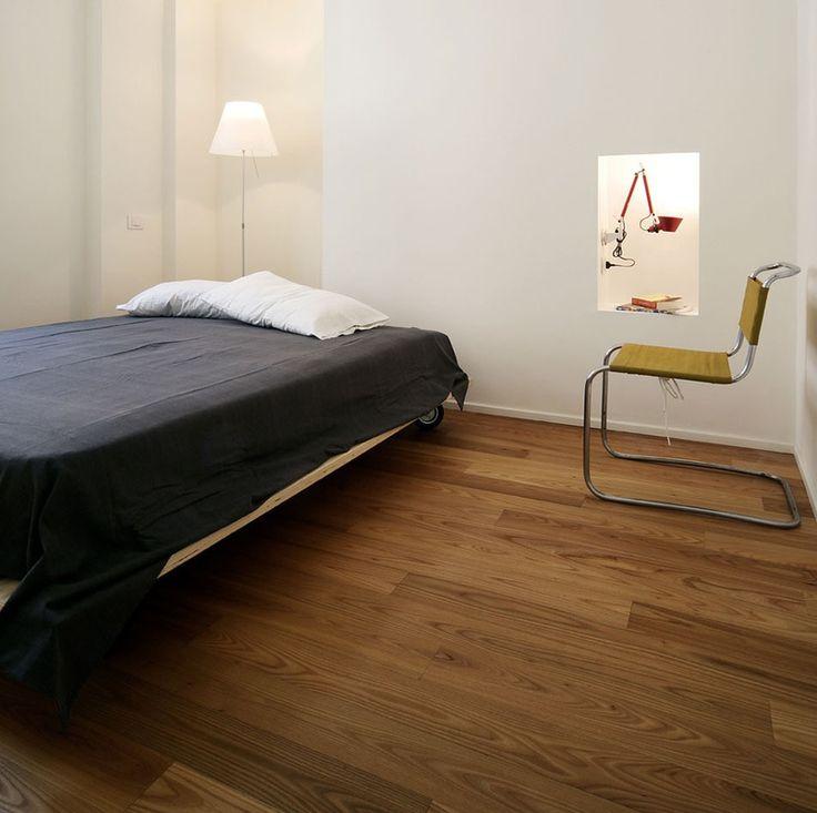 Интерьер маленькой спальни. Спальня в стиле минимализм. Бюджетная спальня.  #джастхоум #justhome #джастхоумдизайн  Just-Home.ru ❤️❤️❤️ Бесплатный каталог дизайн проектов квартир Более 900 практичных и бюджетных проектов Переходите на сайт и выбирайте лучшее!  #спальня #бюджетнаяспальня#спальняминимализм #дизайнспальни #идеиспальни #современнаяспальня #дизайнинтерьераспальни #фотоспальни #спальня2017 #дизайнинтерьера #интересныйремонт #современныйинтерьер #Стильминимализм #Минимализм