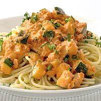 Pestospaghetti met tonijn en courgette - Allerhande
