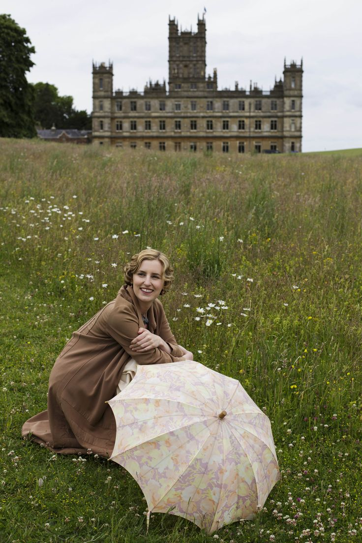 Lady Edith Crawley - Laura Carmichael in Downton Abbey Season 6, set in 1925 (TV series).