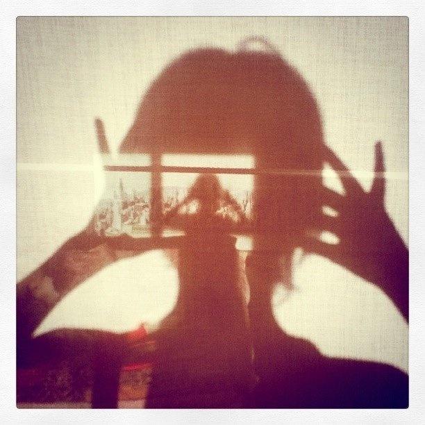 Best 147 shadows silhouette images on pinterest art for Light art definition