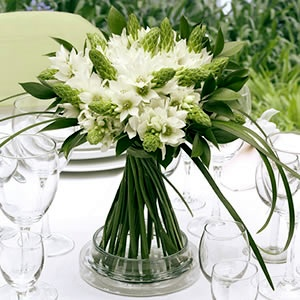 Dreamy Star of Bethlehem wedding centerpieces