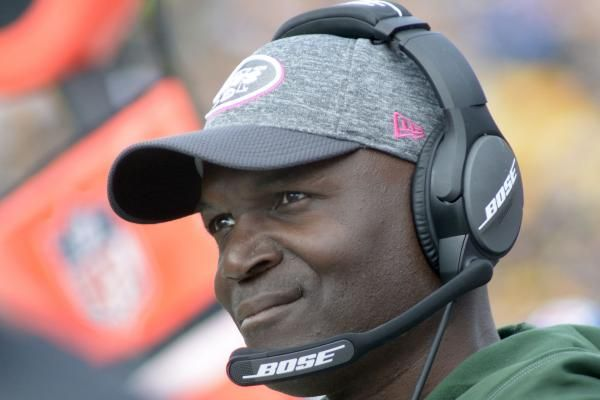 New York Jets' Todd Bowles noncommittal on starting QB