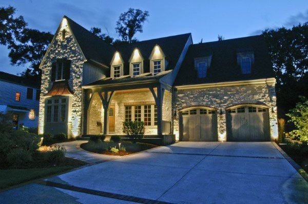 50 Outdoor Garagen Beleuchtung Ideen Aussen Beleuchtung Designs Deutsch Style Exterior House Lights House Lighting Outdoor Landscape Lighting Design
