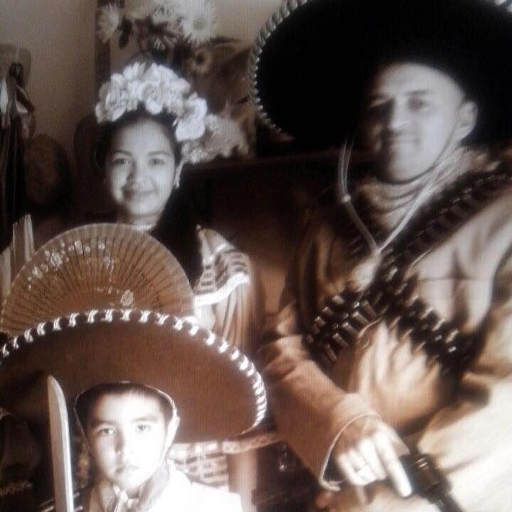 Foto de Feria. Revolucionarios mexicanos.. Colección de O c