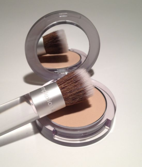 Pur Minerals 4-in-1 Pressed Mineral Foundation Review #purminerals #mineralmakeup