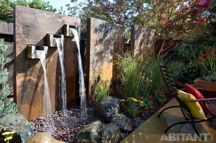 Скульптурное решение каскадного фонтана