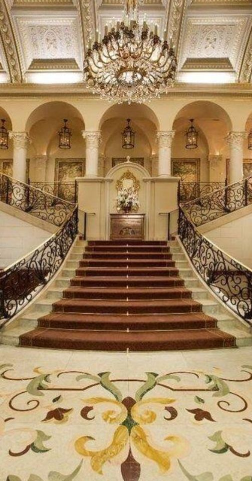 Staircase staircase pinterest staircases house and for Grand staircase design