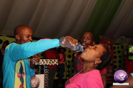 Welcome to Emmanuel Donkor's Blog    www.DonkorsBlog.Com                                        : (Photos) South African pastor makes congregants dr...