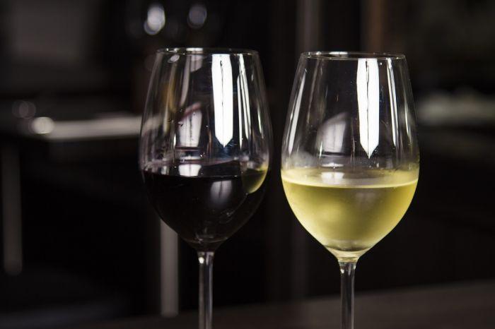 Oceniaj wino jak profesjonalista  http://www.wino-blog.pl