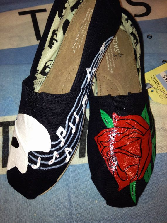 Phantom of the Opera-themed TOMS. Yes, please!