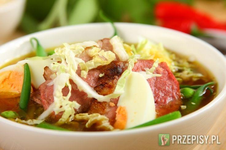 Zupa ramen z mięsem z kaczki