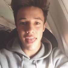 Cute Cameron Dallas photo selfie