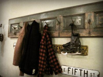 Old DoorKool Ideas, Mudroom, Decor Ideas, Decorating Ideas, Mud Room, Cool Ideas, Holiday Decorating