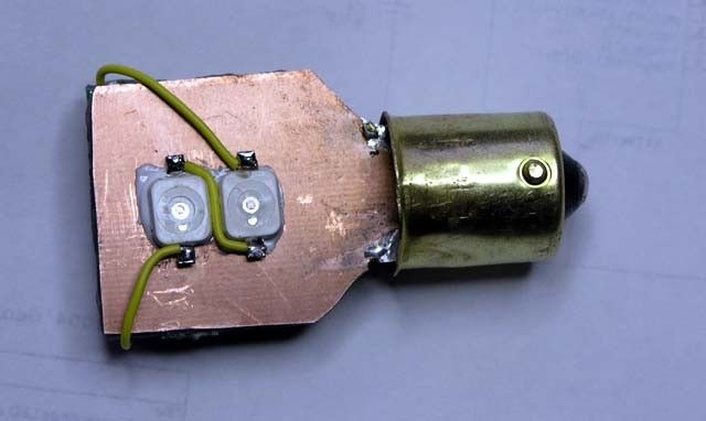 Auxiliary Light Bulb by georges80 -- Homemade auxiliary light bulb constructed from surplus copper clad PCB, LEDs, and expoxy. http://www.homemadetools.net/homemade-auxiliary-light-bulb